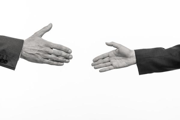 Federkraft-Hands-6