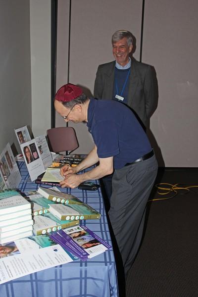 author-feldman-2015-11_7376a
