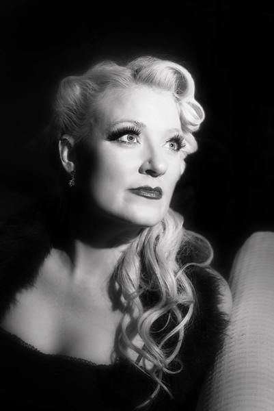 Amanda - Radio Personality & Vocalist