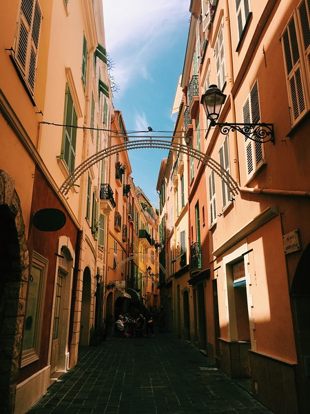 Yellow Alley