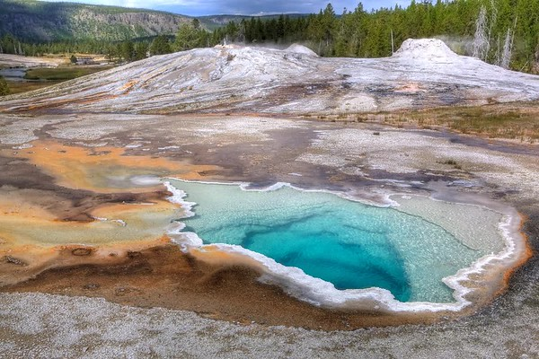 Heart Geyser Yellowstone