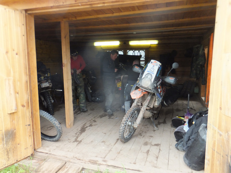 Temporary workshop in Zhigalovo - Russia (Pete Berry photo)