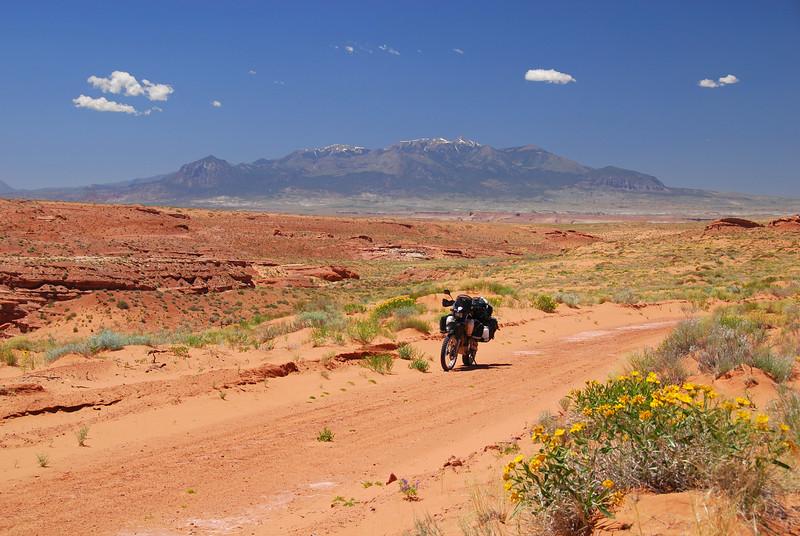 Utah. Between Canyonlands & Hwy24