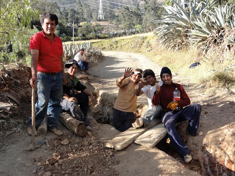 Drunk work gang at Yupan on the  Ancos - La Pampa road. Peru.