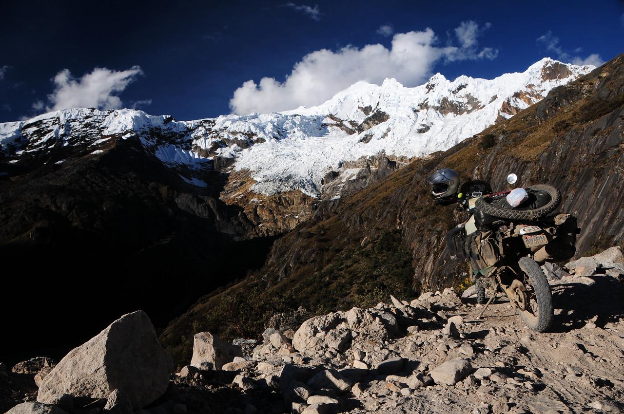 Quebrada Ulta.  Carhuaz - Chacas road. Cordillera Blanca, Peru.