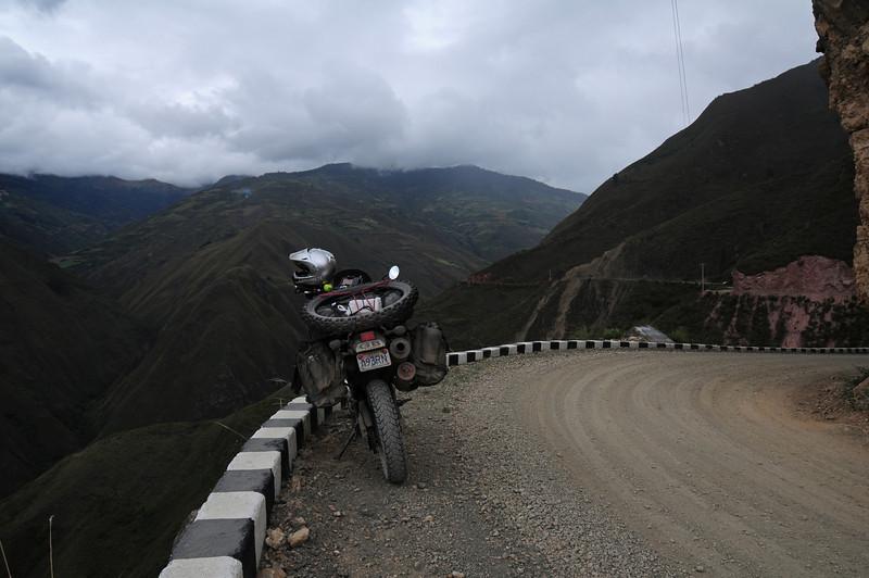 AM-111. Road to Kuelap Ruins.  Peru