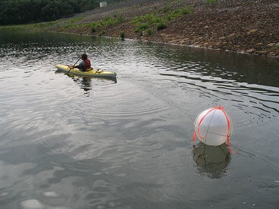 Placing the buoy