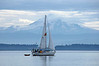 4075 Sailboat with Mt Baker