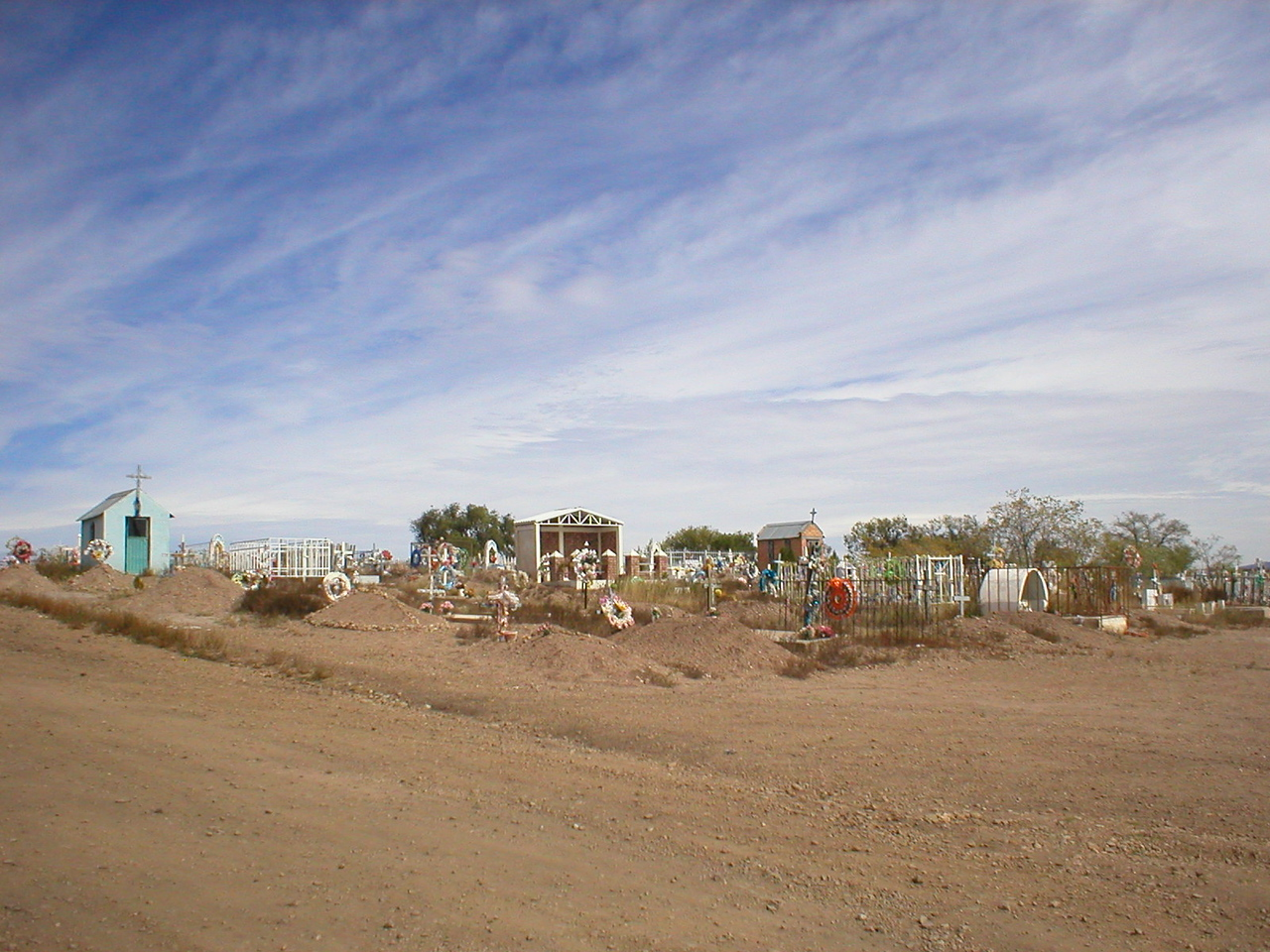 Mexican cemetery:[/COLOR]<br /> It was ten times grander then what this photo shows.