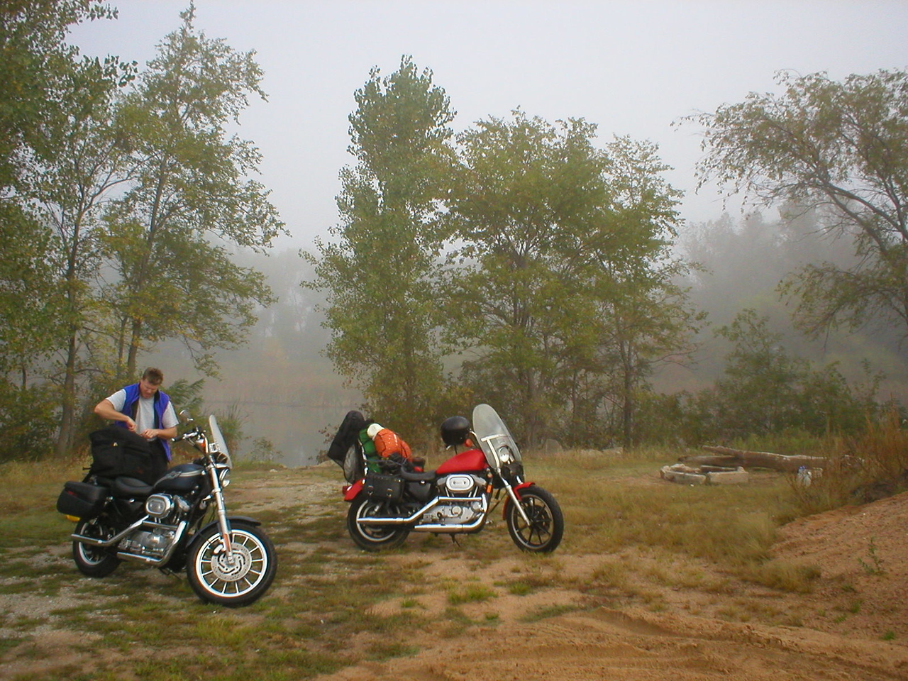 Socked in by a big fog:[/COLOR]<br /> That's OK, we have espresso coffee and breakfast food. We ride out easy by around 10:30 in still heavy fog. We are prepared to pull over way off the road if it turns to a pee soup-er.
