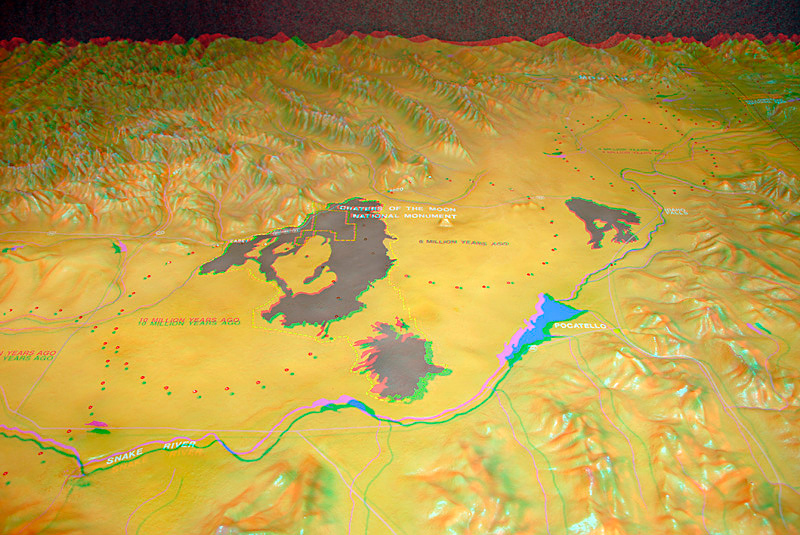 This is a 3D (anaglyph) of the park model in the Visitor's Center.  You can view it in 3D with red/blue glasses.