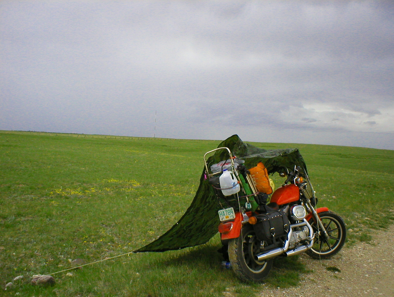 """I remember using this same technique when I was 16 while cruising solo to Yellowstone. After recently rereading """"Zen and the art of motorcycle maintenance"""" I realize where I learned the technique from."""