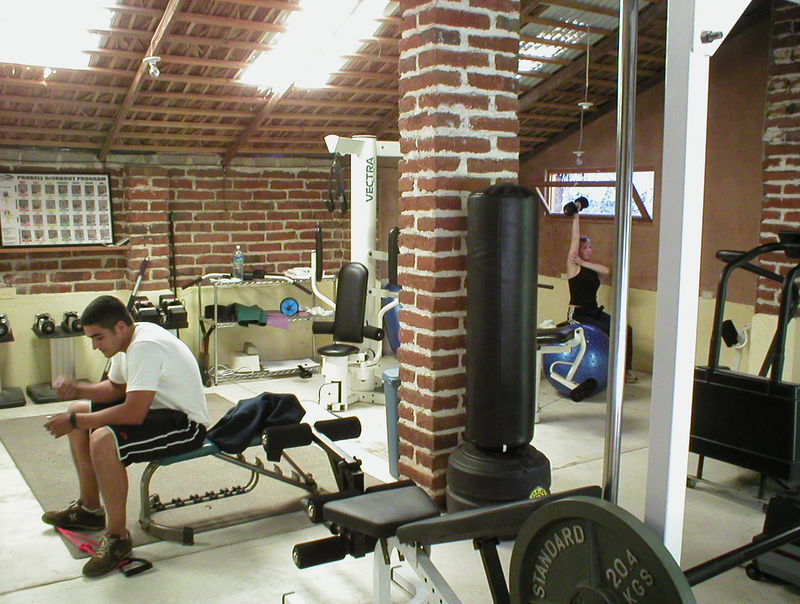 Our next mission is to find the gym and sign up, $23 for a month, Sweet! That's Wime working out on the left.  He's a college student here on break from Guadalajara University studying international business, perfect, he likes to practice English while we practice Spanish. The gym has everything we need. We were given the combination to the lock so we can go any time and it's only a five block walk from our hotel. Please, nobody wake me up from this dream!.