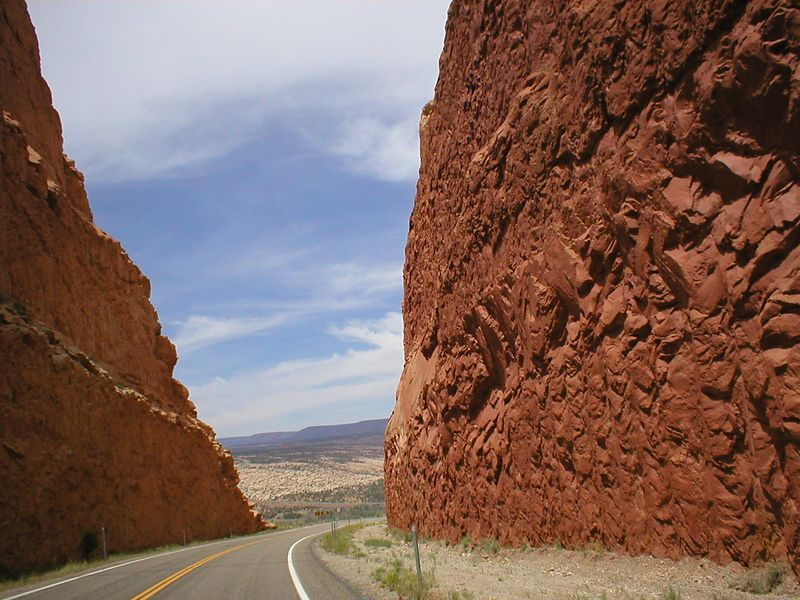 ..... Down Hwy. 666 into Utah then south on 191 to west on 95 to 24 west to Hwy. 12 south, then in and out of Bryce canyon, then to Hwy. 89 south to 9 west into Zion national park. Wow wow wow wow wow! When we finally climatize Mars this is what I imagine driving around the planet will be like. I'm sure you southwestern people do it all the time and it's no big deal but for the rest of us, if you haven't done southern Utah, Do It.