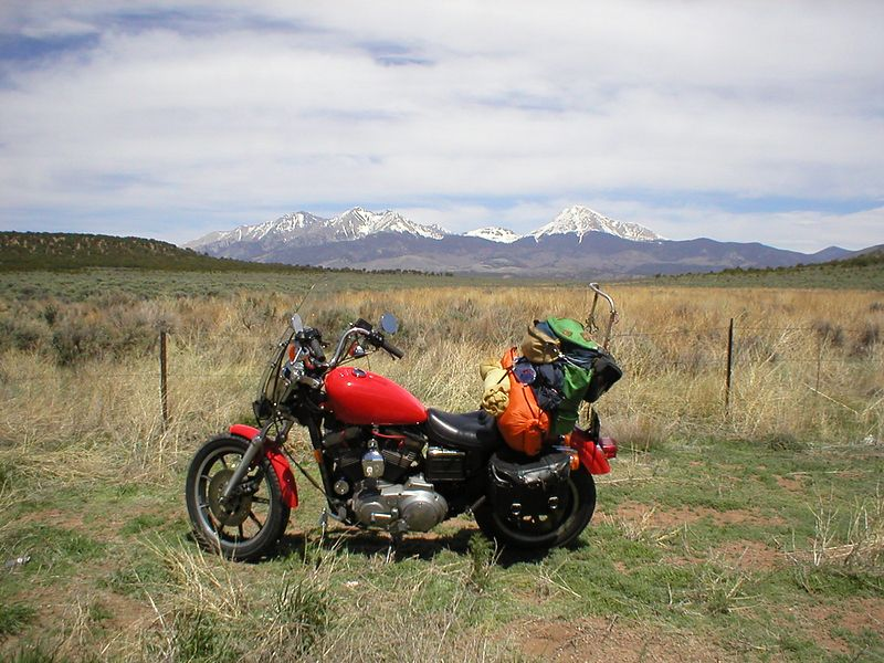 ........ I'm still trying to make good time wanting to spend most of my exploration time in south western Colorado and Utah. Blasting across south eastern Colorado, vast desert and open road with the snow covered mountain peaks in the distance. <br /> Liken it!