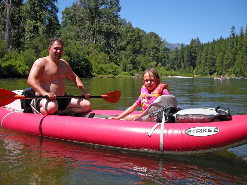 1286 Bret & Cheyenne in kayak