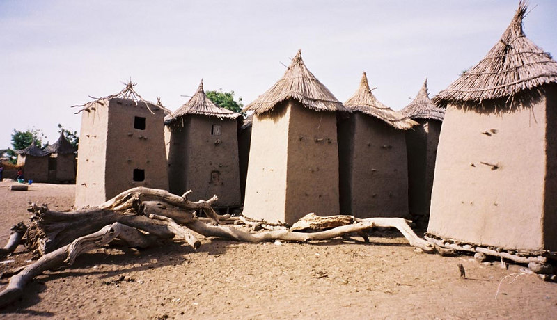 256 - West Africa 13 Mar-10 Apr 2000