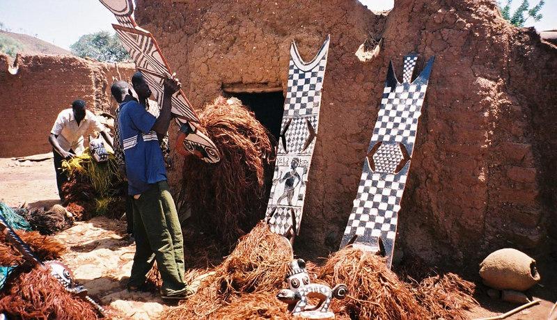 202 - West Africa 13 Mar-10 Apr 2000