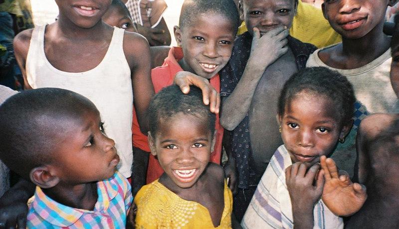 216 - West Africa 13 Mar-10 Apr 2000