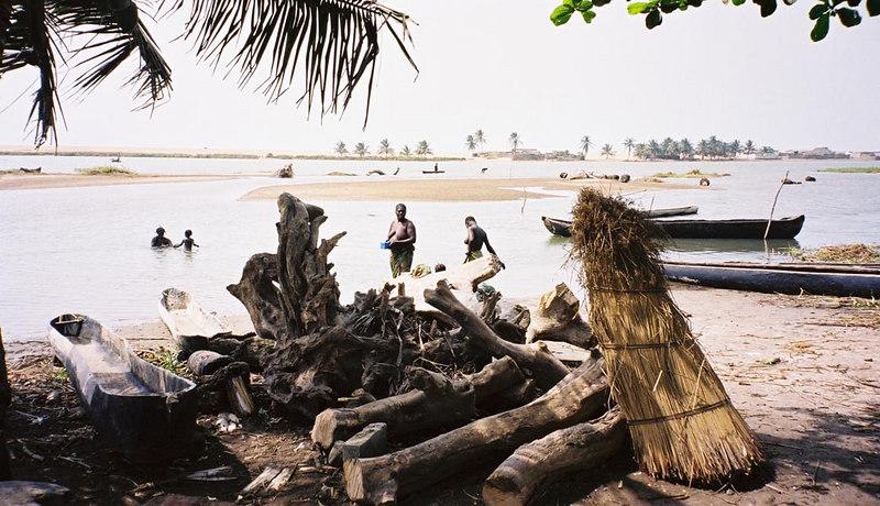 024 - West Africa 13 Mar-10 Apr 2000