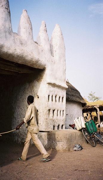 142 - West Africa 13 Mar-10 Apr 2000