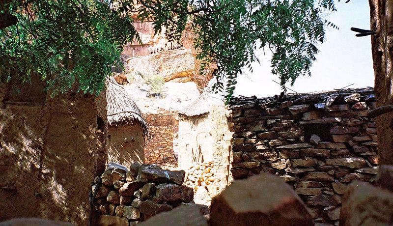 456 - West Africa 13 Mar-10 Apr 2000