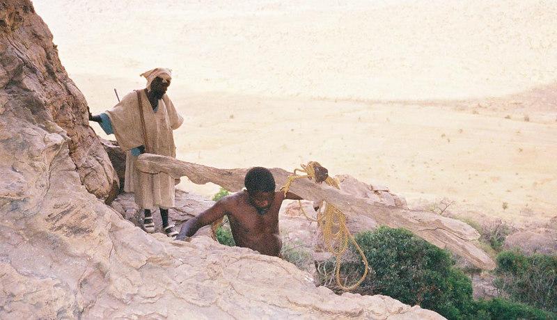 369 - West Africa 13 Mar-10 Apr 2000