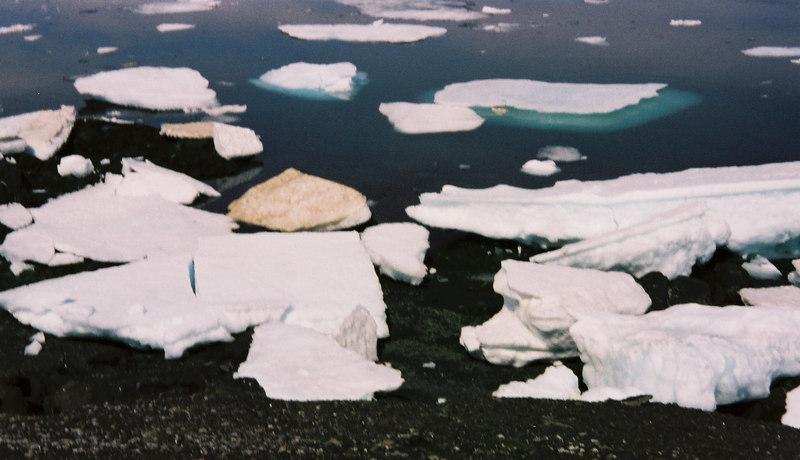 102 - Greenland 10-12 Jun 2002