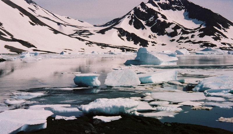 096 - Greenland 10-12 Jun 2002