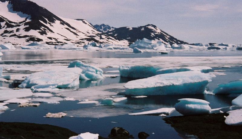 097 - Greenland 10-12 Jun 2002