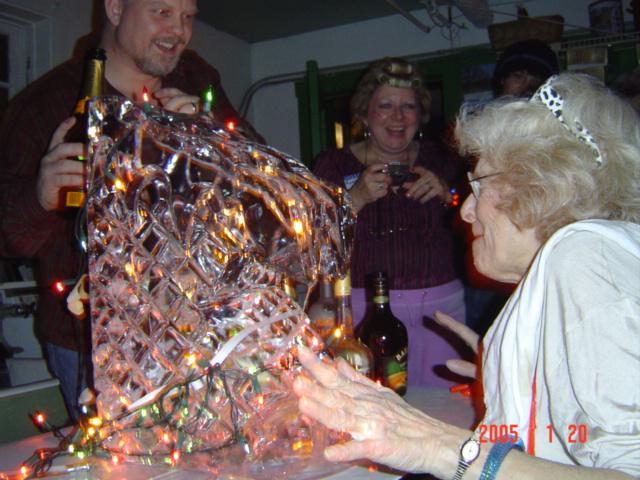 193 - Lurlene's 40th Birthday Bash