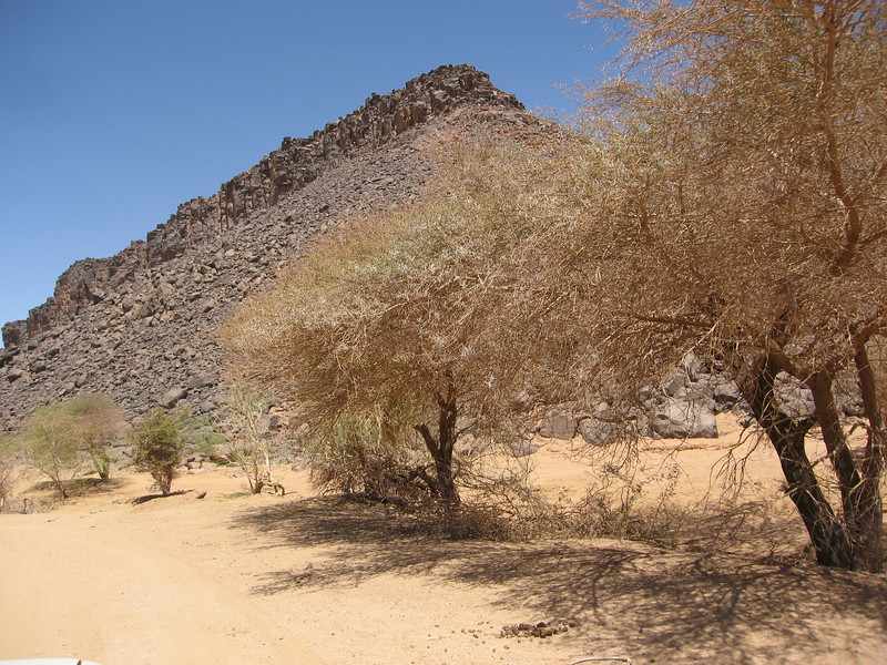 371 - <br /> Day 10 - <br /> On the road between Timia & Iferouane <br /> (Page 25-Image 11)