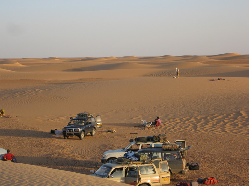410 - <br /> Day 11 - <br /> Our last camp in the dunes before re-entering Algeria tomorrow <br /> (Page 28-Image 5)