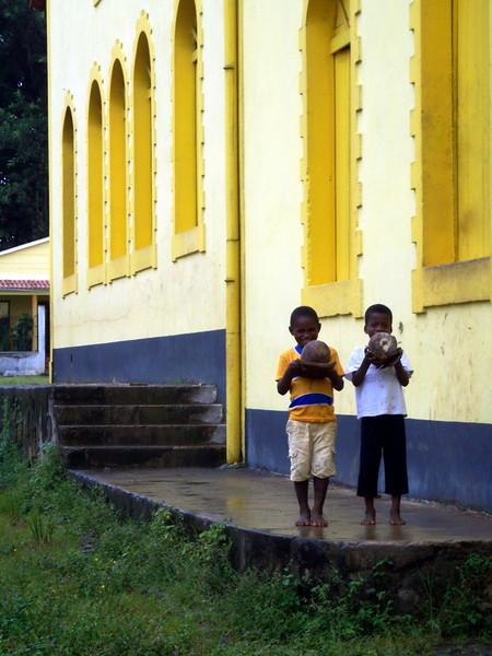 077 - 2007-11 Sao Tome