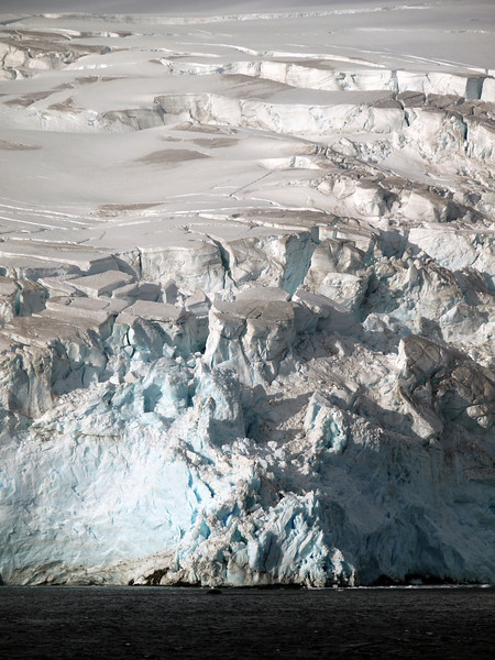 Glaciers along the Palmer Coast, Antarctic peninsula