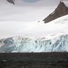 0242 - Half Moon Island - 2011-02-19 - P1050717