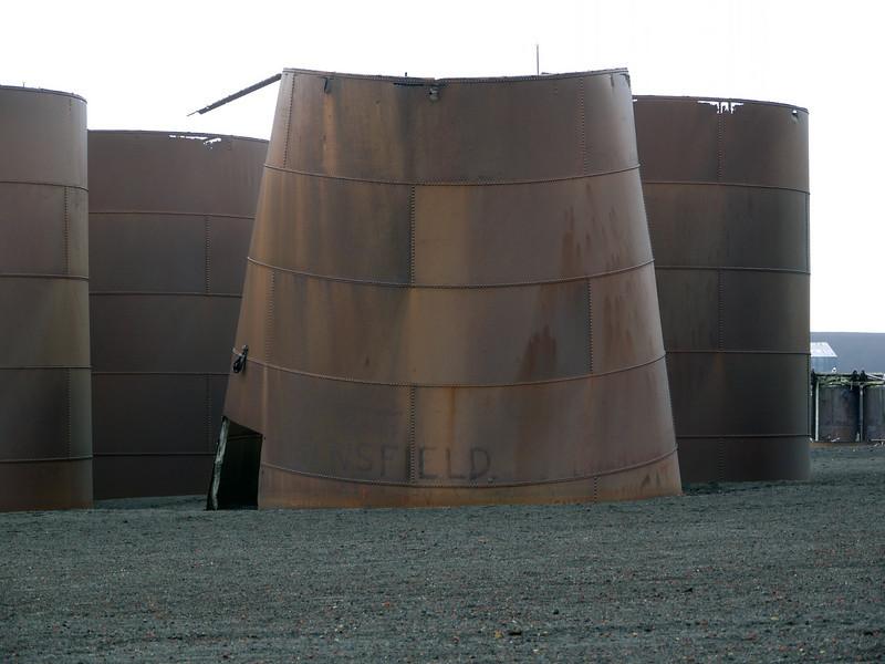 1692 - Deception Island - 2011-02-23 - P1070470