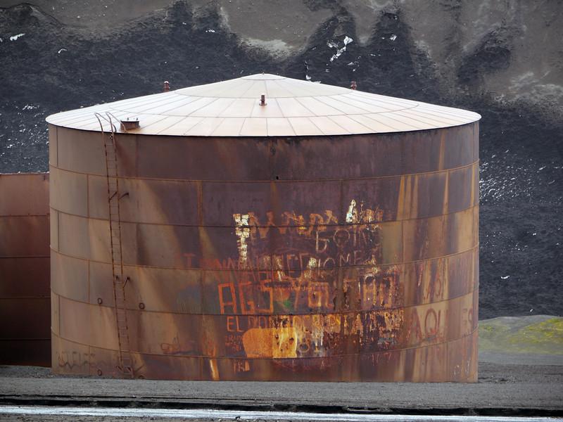 1730 - Deception Island - 2011-02-23 - P1070512