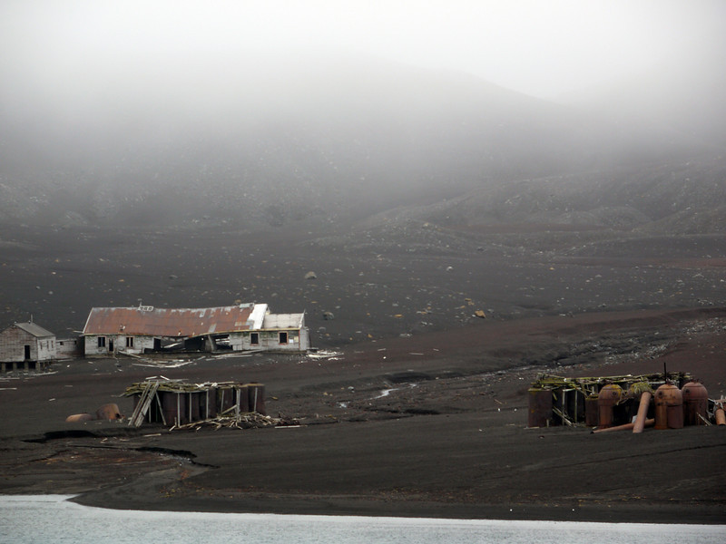 1568 - Deception Island - 2011-02-23 - P1070255