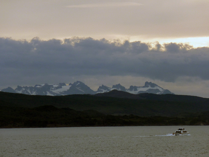 0118 - At Sea (Drake Passage) - 2011-02-18 - P1010550