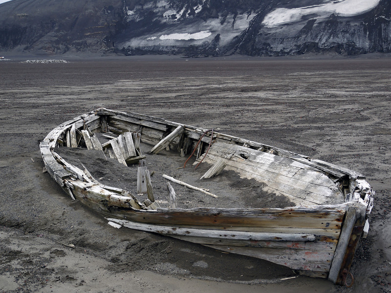 1681 - Deception Island - 2011-02-23 - P1070459