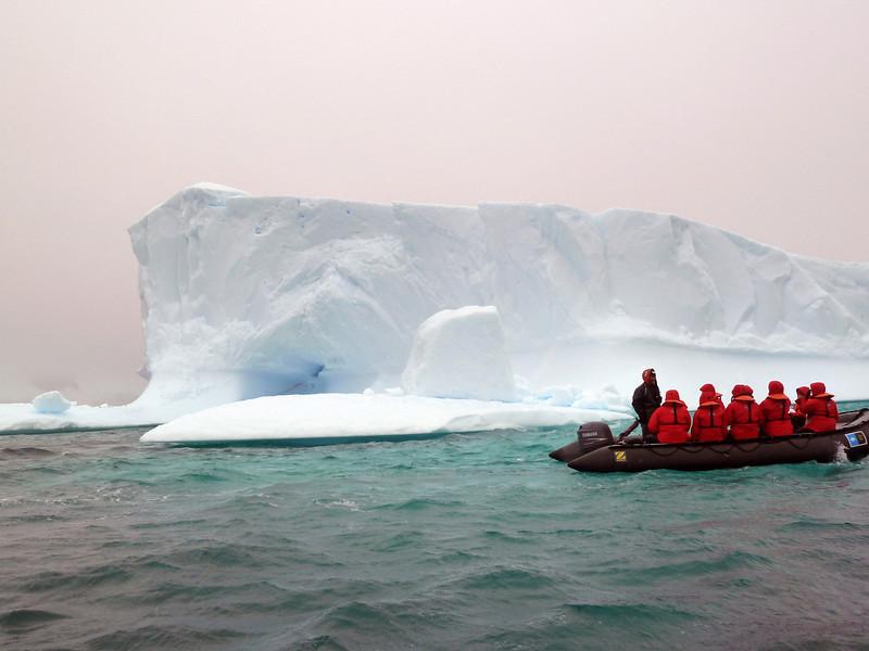 1437 - Penola Strait-Booth Island - 2011-02-22 - P1010763