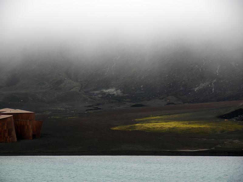 1562 - Deception Island - 2011-02-23 - P1070249