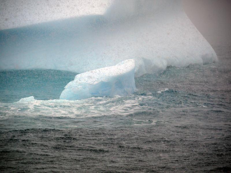 0337 - At Sea - 2011-02-19 - P1050861