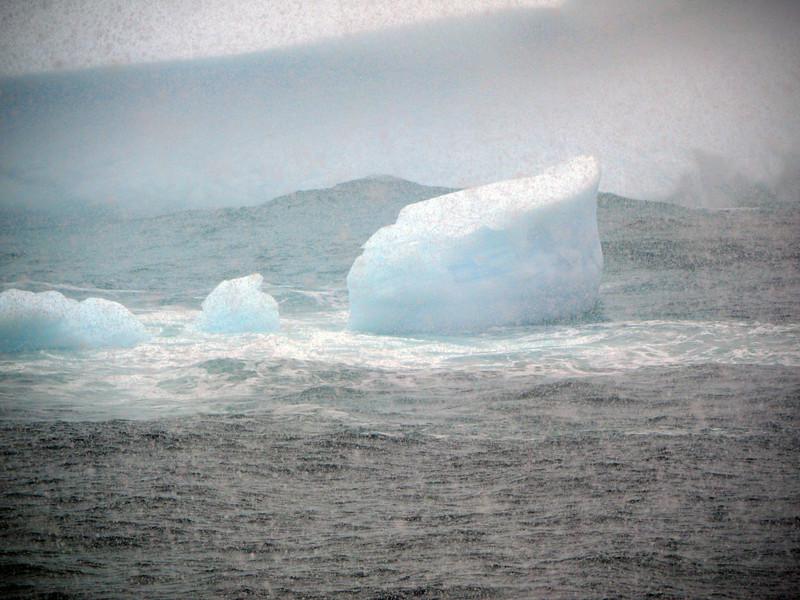 0336 - At Sea - 2011-02-19 - P1050794