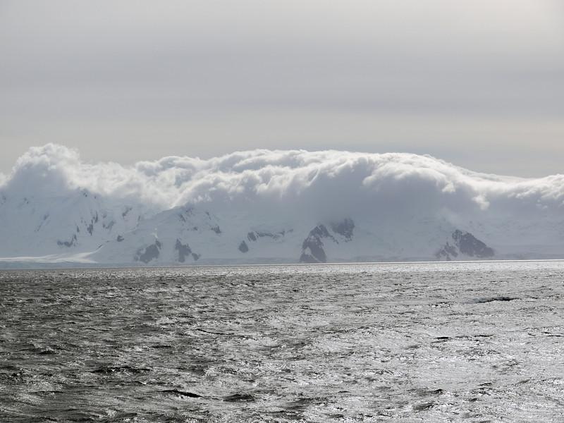 1735 - At Sea - 2011-02-23 - P1070530
