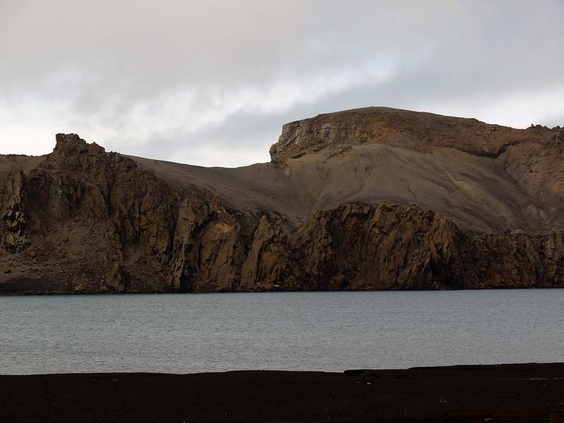 1713 - Deception Island - 2011-02-23 - P1070494
