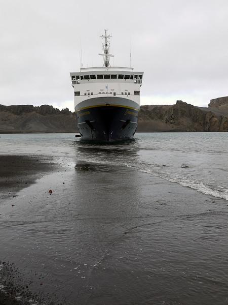1725 - Deception Island - 2011-02-23 - P1070507