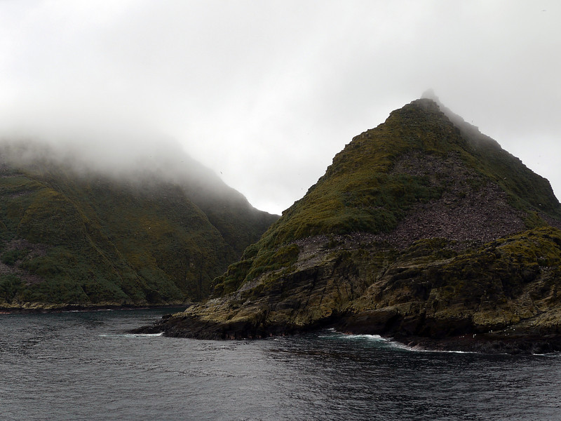 3708 - Willis Islands - 2011-03-03 - P1100062