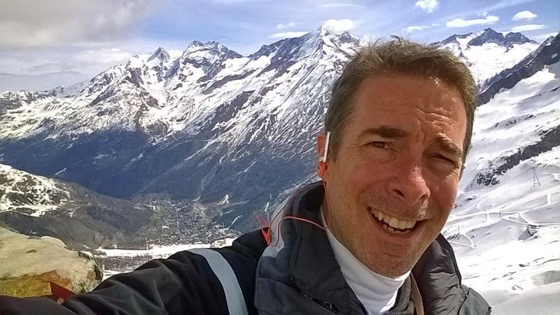 Glacier skiing in Saas-Fee